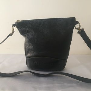 Fossil leather bucket/hobo crossbody